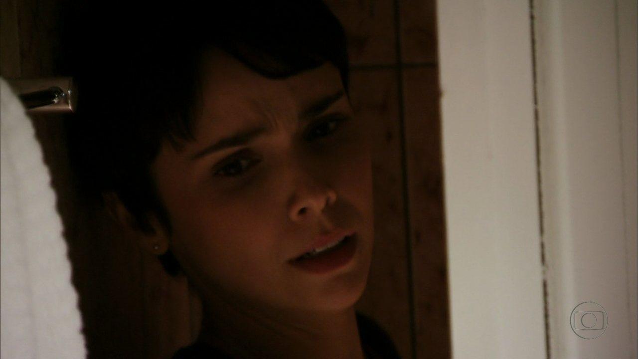 Avenida Brasil - Capítulo de sexta-feira, dia 06/07/2012, na íntegra - Nina descobre que Ágata é filha de Max