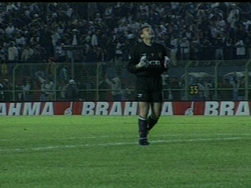 Em 1998, Corinthians vence Grêmio por 2 a 1 pelo Campeonato Brasileiro