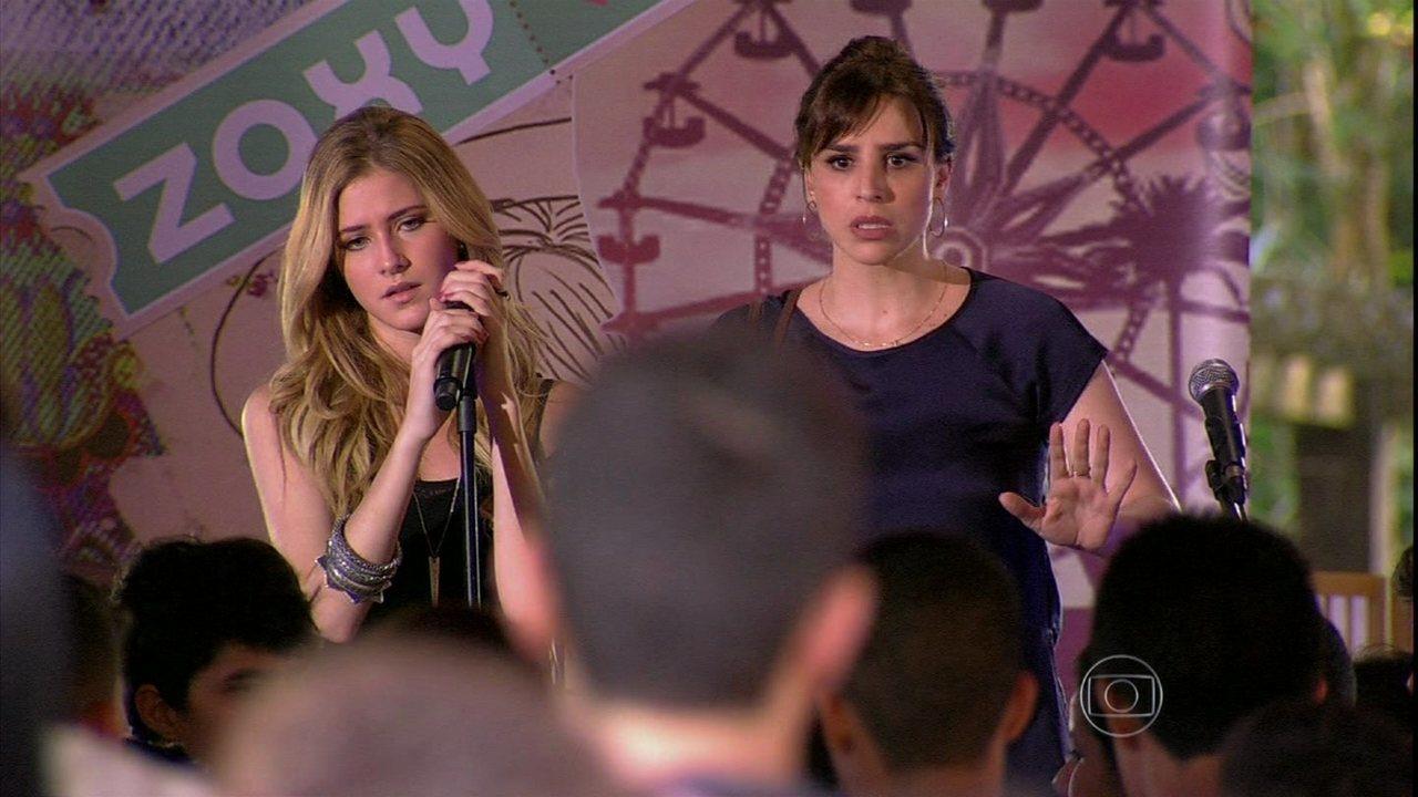 Malhação - Capítulo de sexta-feira, dia 13/09/2013, na íntegra - Sofia desmascara Giovana no palco para todo o colégio