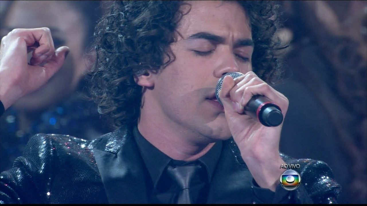 """Sam Alves canta """"When I Was Your Man"""""""