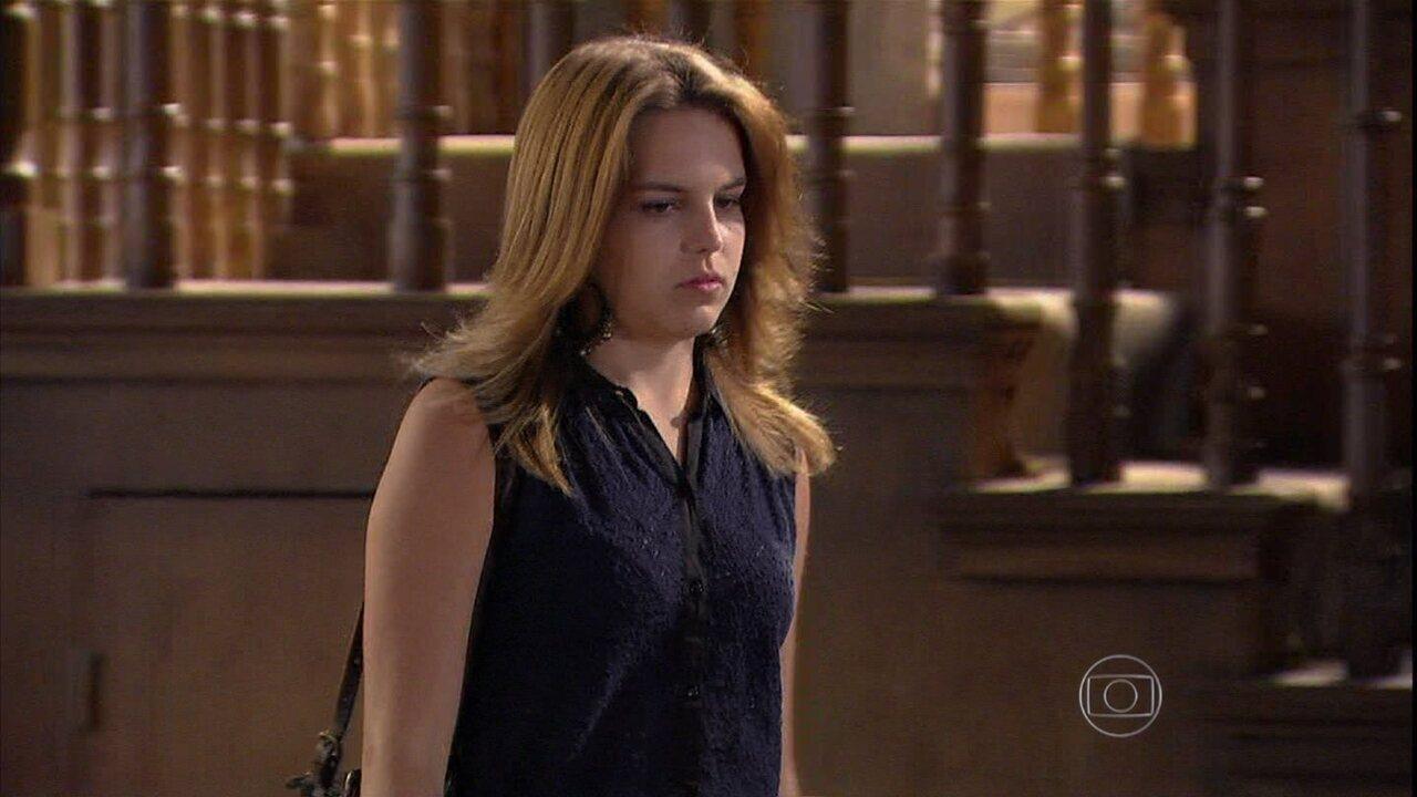 Malhação - Capítulo de terça-feira, dia 28/01/2014, na íntegra - Anita acusa Ben de prejudicar Antônio