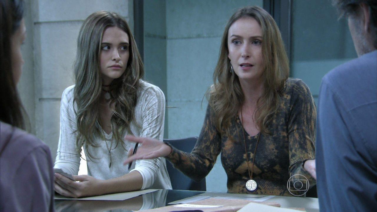 Além do Horizonte - capítulo de sexta-feira, dia 04/04/2014 - Angelique supõe que a fórmula esteja escondida na casa de Vó Tita, e LC decide ir para Tapiré