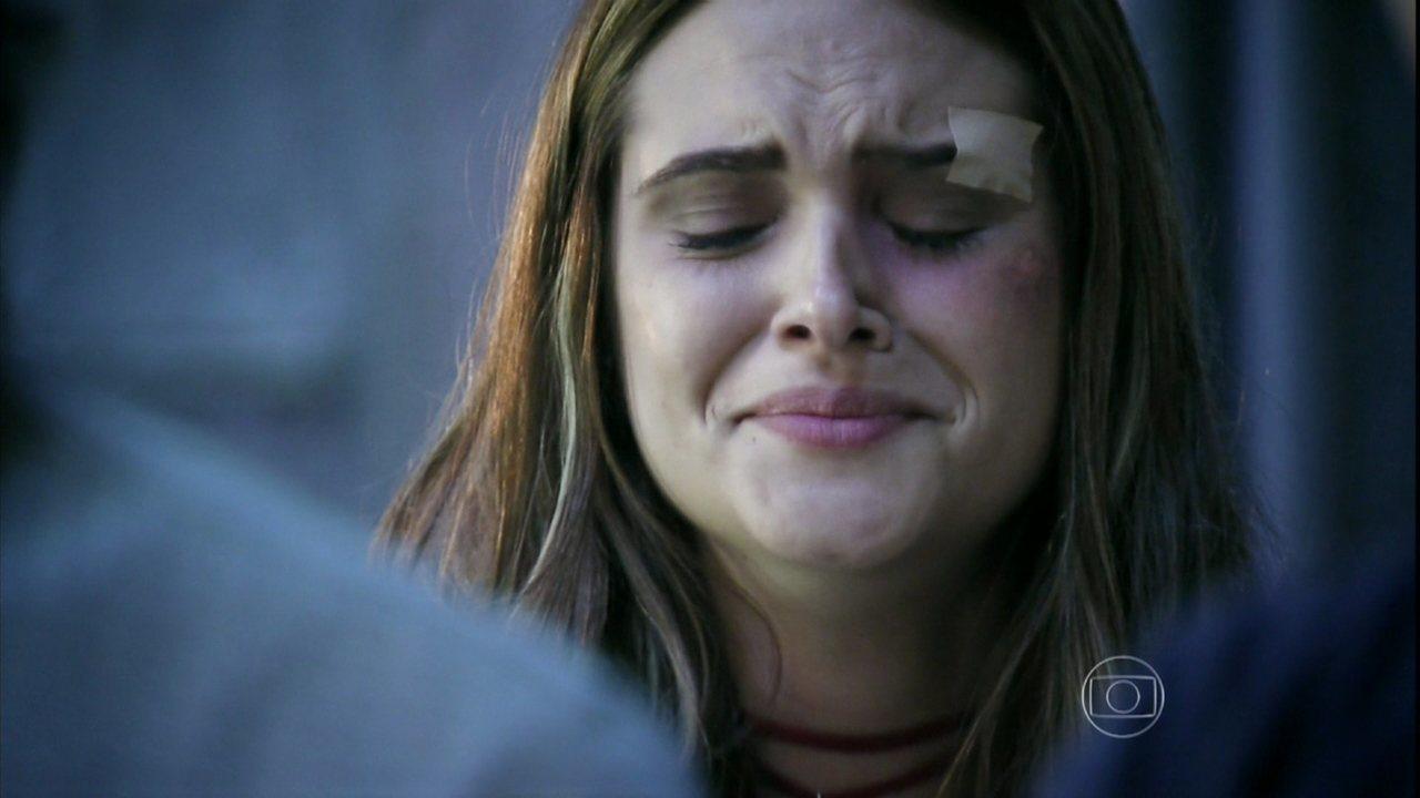Além do Horizonte - Capítulo de Quarta-feira, 23/04/2014, na íntegra - Lili não consegue impedir Tereza e LC de testarem a fórmula estabilizadora em Joana