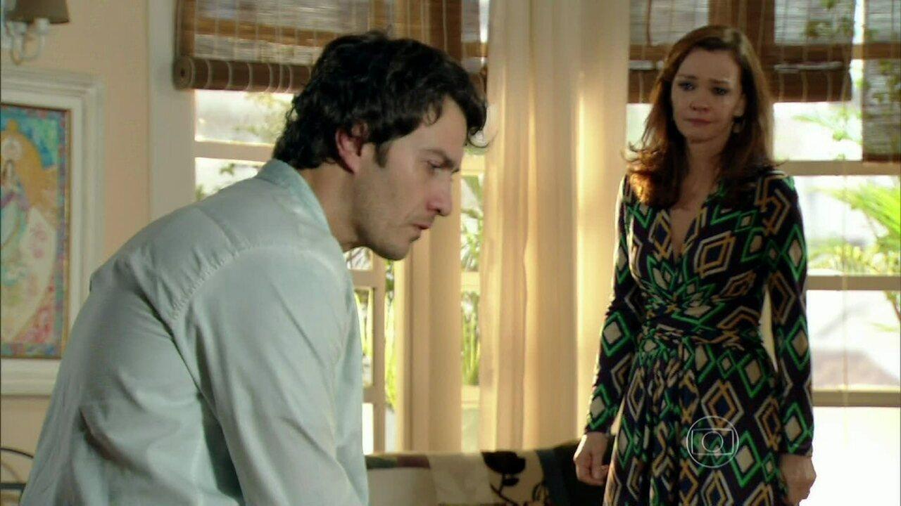 Em Família - Capítulo de terça-feira, dia 29/04/2014, na íntegra - Helena discute com Laerte