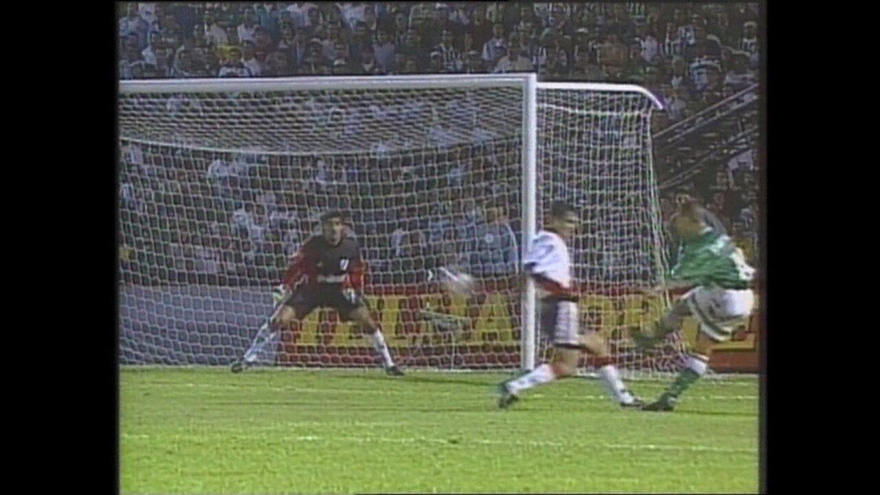 Em 1999, Palmeiras vence River Plate por 3 a 0 pela Taça Libertadores