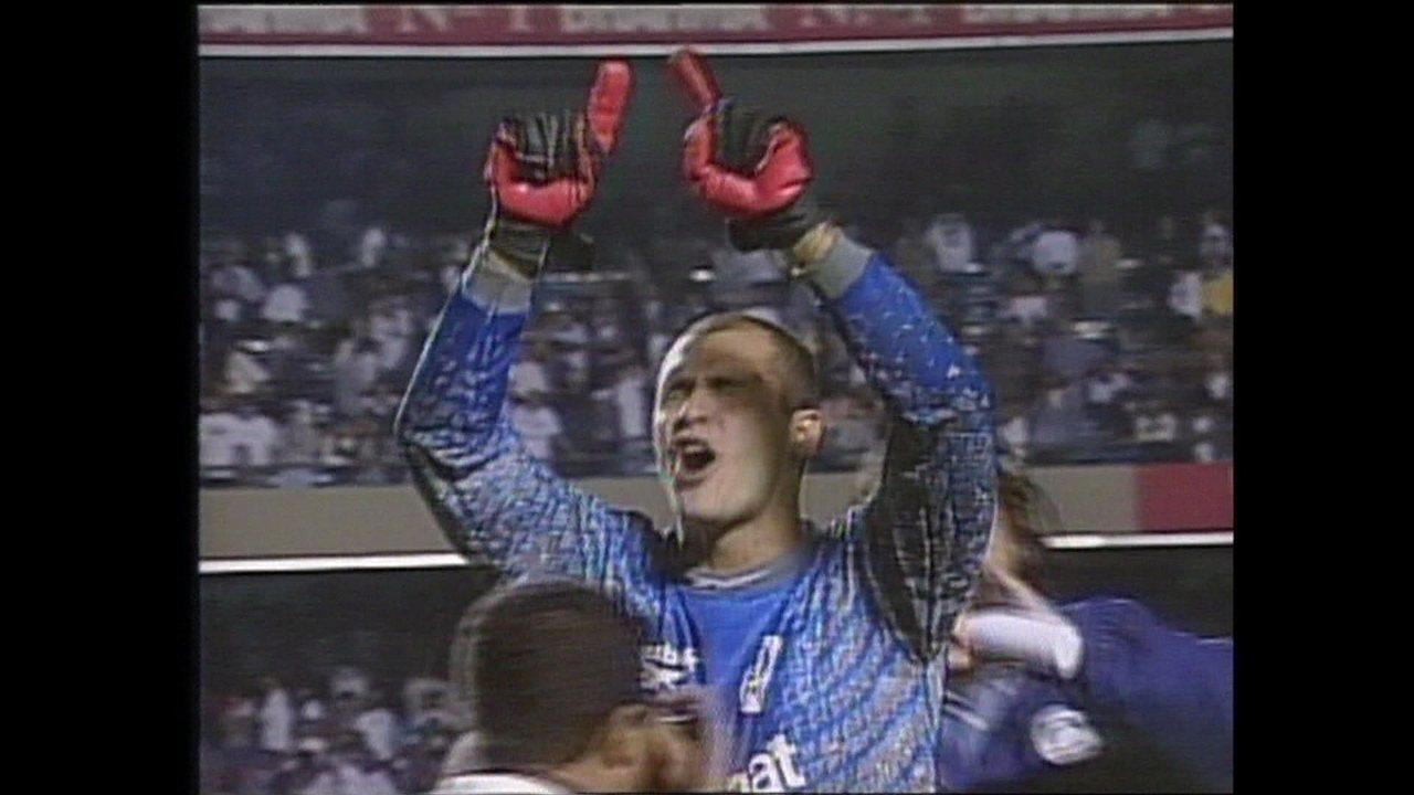 Em 1999, Palmeiras vence Corinthians nos pênaltis pela Taça Libertadores