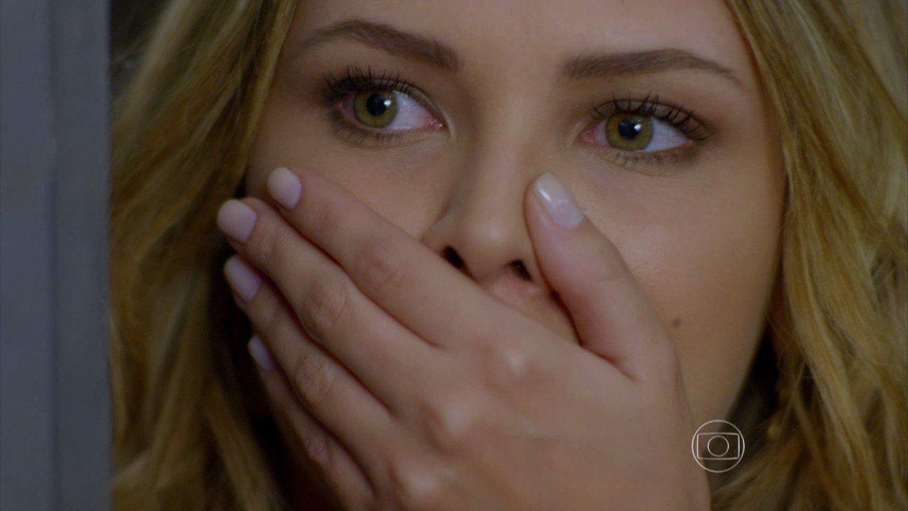 Em Família - Capítulo de quarta-feira, dia 09/07/2014, na íntegra - Livia flagra beijo entre Laerte e Shirley