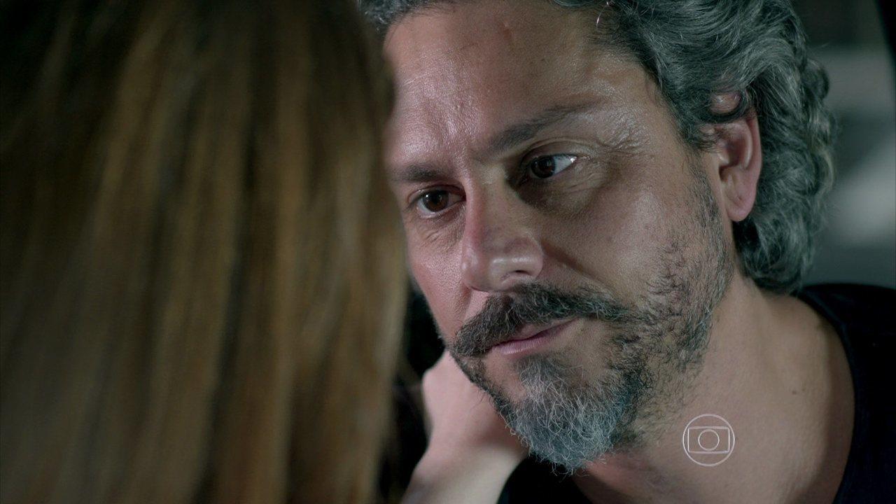 Império - capítulo de terça-feira, dia 20/01/2015, na íntegra - José Alfredo avisa a Maria Ísis que se esconderá em sua casa