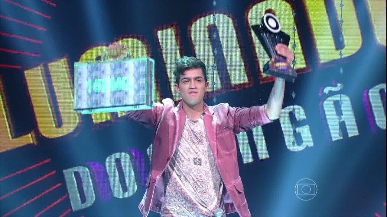 Jefferson Moraes leva o título no 'Iluminados' depois de cantar 'Sangrando', de Gonzaguinha