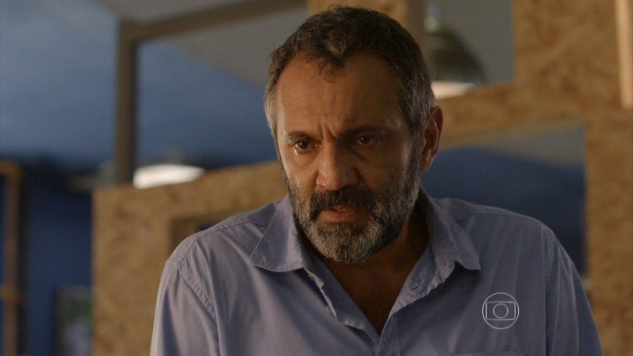 Sete Vidas - Capítulo de quarta-feira, dia 20/05/2015, na íntegra - Miguel pensa em deixar o Rio de Janeiro