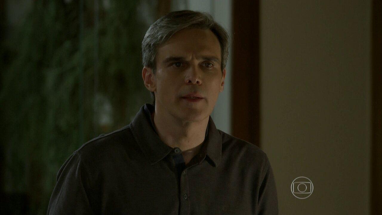 I Love Paraisópolis - Capítulo de Terça-feira, 09/06/2015, na íntegra - Tomás fica surpreso ao ver Mari com Bruna na porta de sua casa