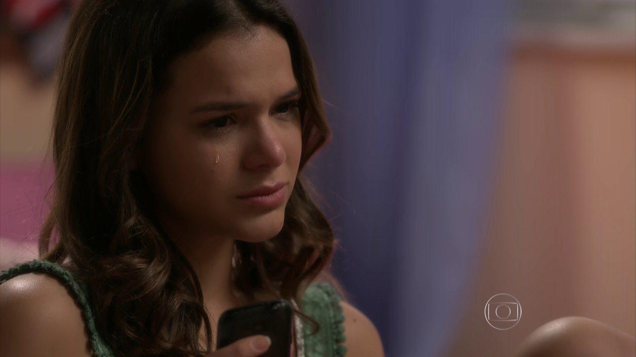I Love Paraisópolis - capítulo de quinta-feira, dia 11/06/15, na íntegra - Mari duvida do amor de Benjamin por ela