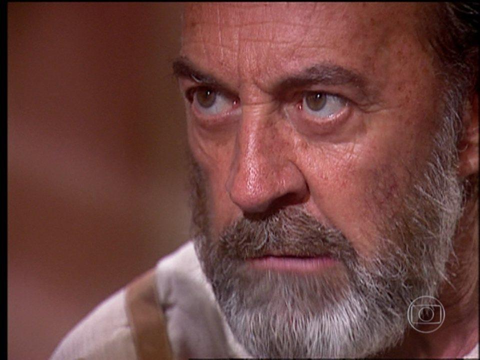 O Rei do Gado - capítulo de segunda-feira, dia 20/07/15, na íntegra - Geremias confessa que matou Fausto
