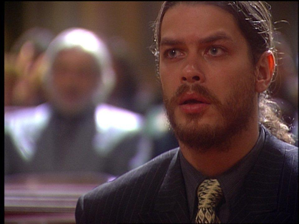 O Rei do Gado - capítulo de segunda-feira, 03/08/2015, na íntegra - Marcos é interrogado