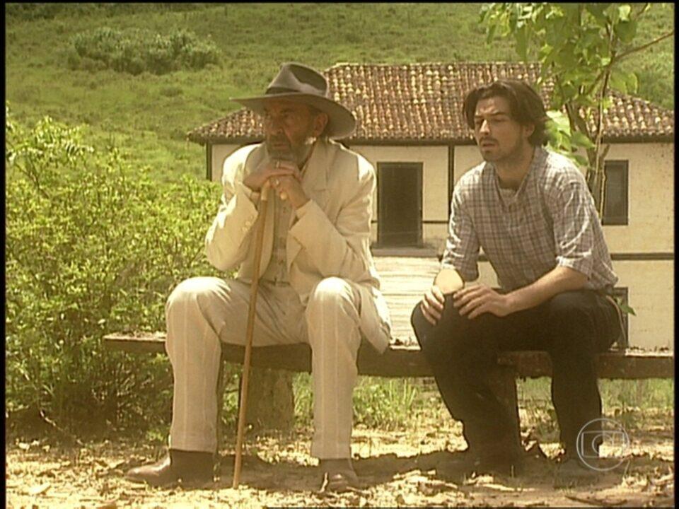 O Rei do Gado - capítulo de quarta-feira, dia 05/08/15, na íntegra - Geremias e Giuseppe entram na fazenda dos Mezenga