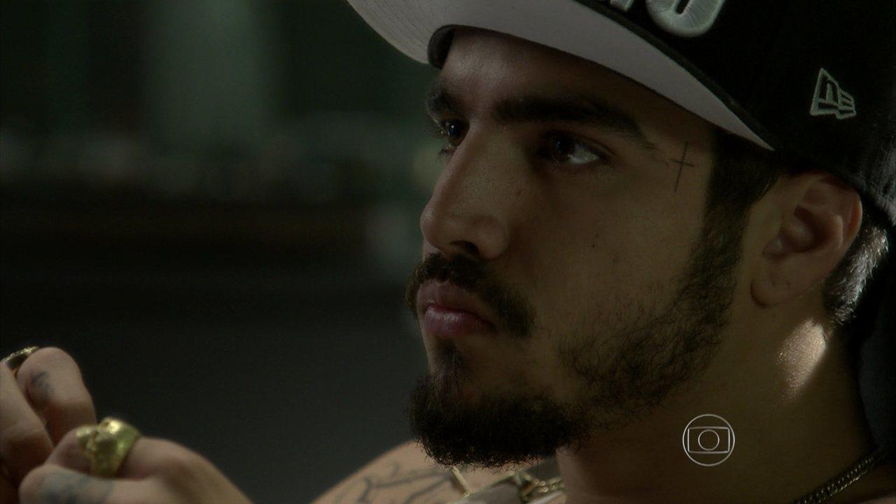 I Love Paraisópolis - capítulo de quarta-feira, dia 12/08/15, na íntegra - Grego aparece no escritório de Gabo