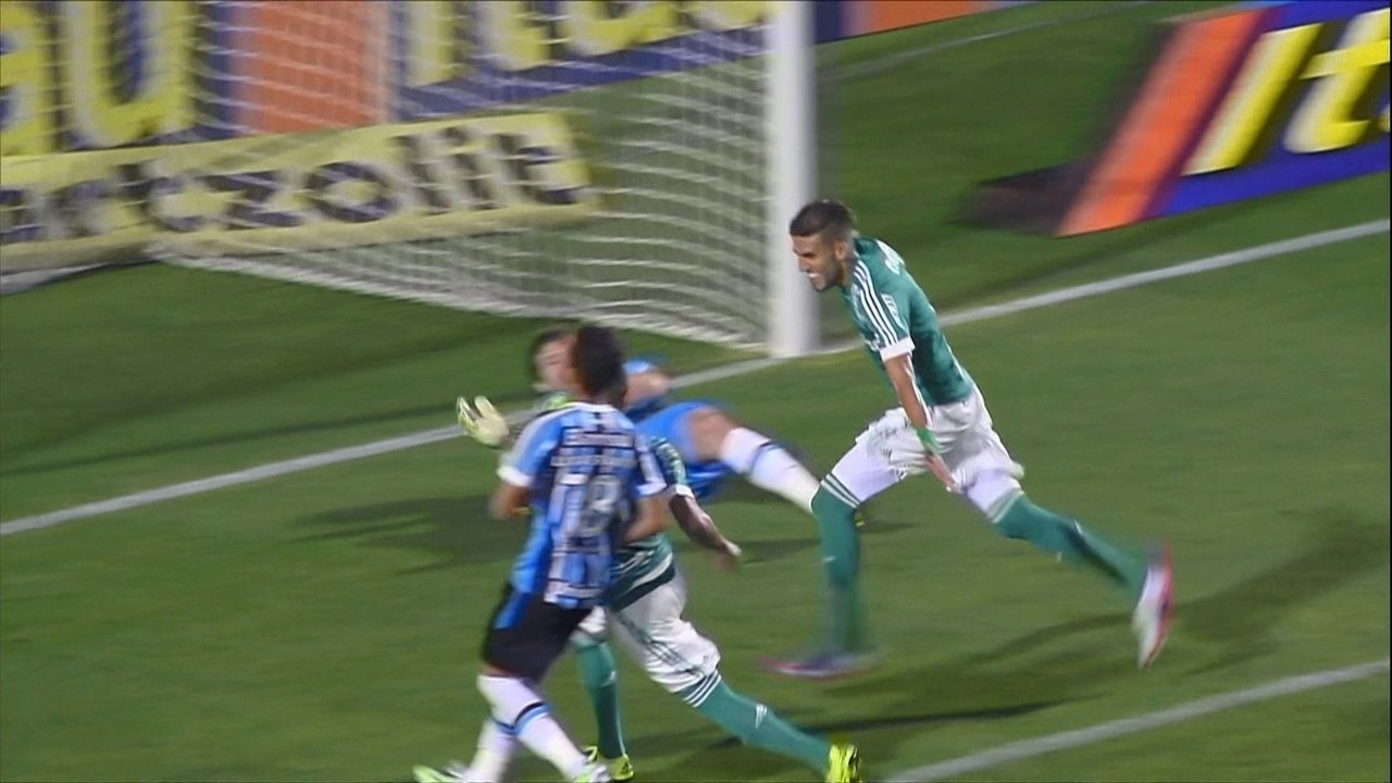 Melhores momentos: Palmeiras 3 x 2 Grêmio pela 27º rodada do Brasileirão 2015