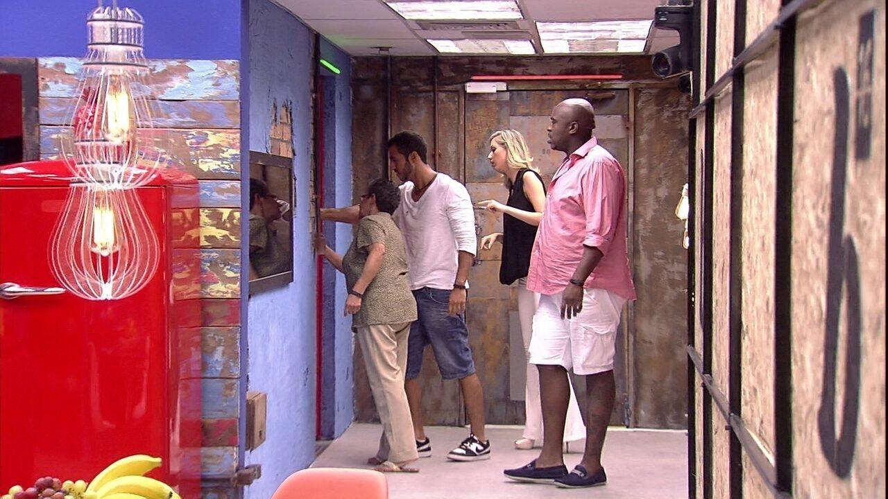 Candidatos se conhecem no segundo andar da casa do BBB16