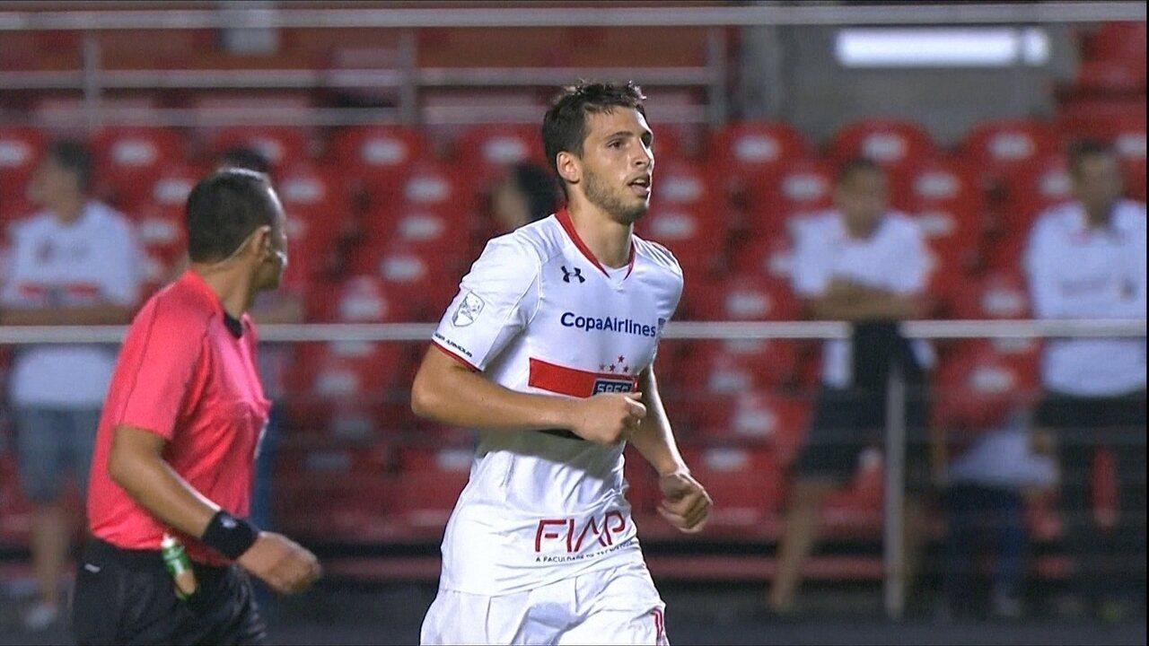 Calleri dá show, São Paulo vence o Trujillanos por 6 a 0 e se recupera na Libertadores