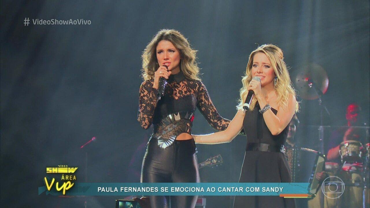 Paula Fernandes se emociona com participação de Sandy em seu DVD
