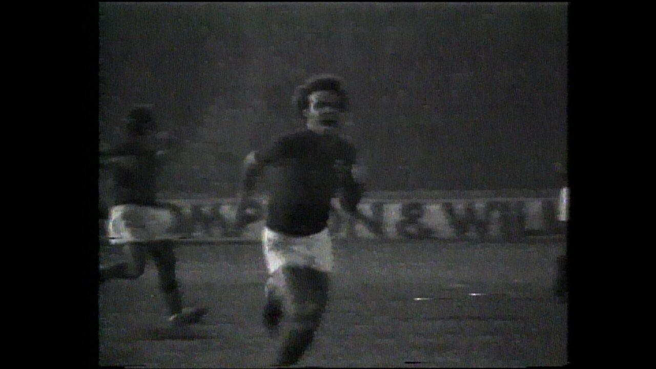 Joãozinho marcou o gol do título do Cruzeiro na Libertadores de 1976