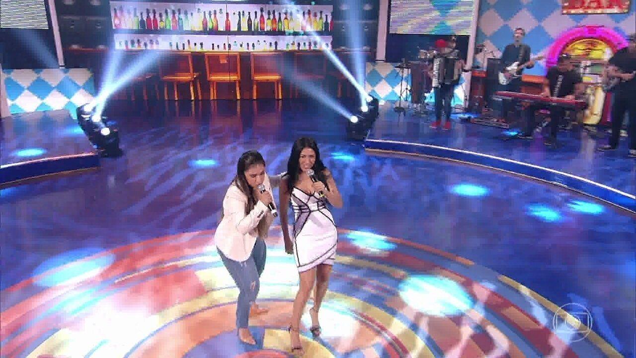 Simone & Simaria cantam 'Meu Violão e o Nosso Cachorro' no 'Caldeirão'