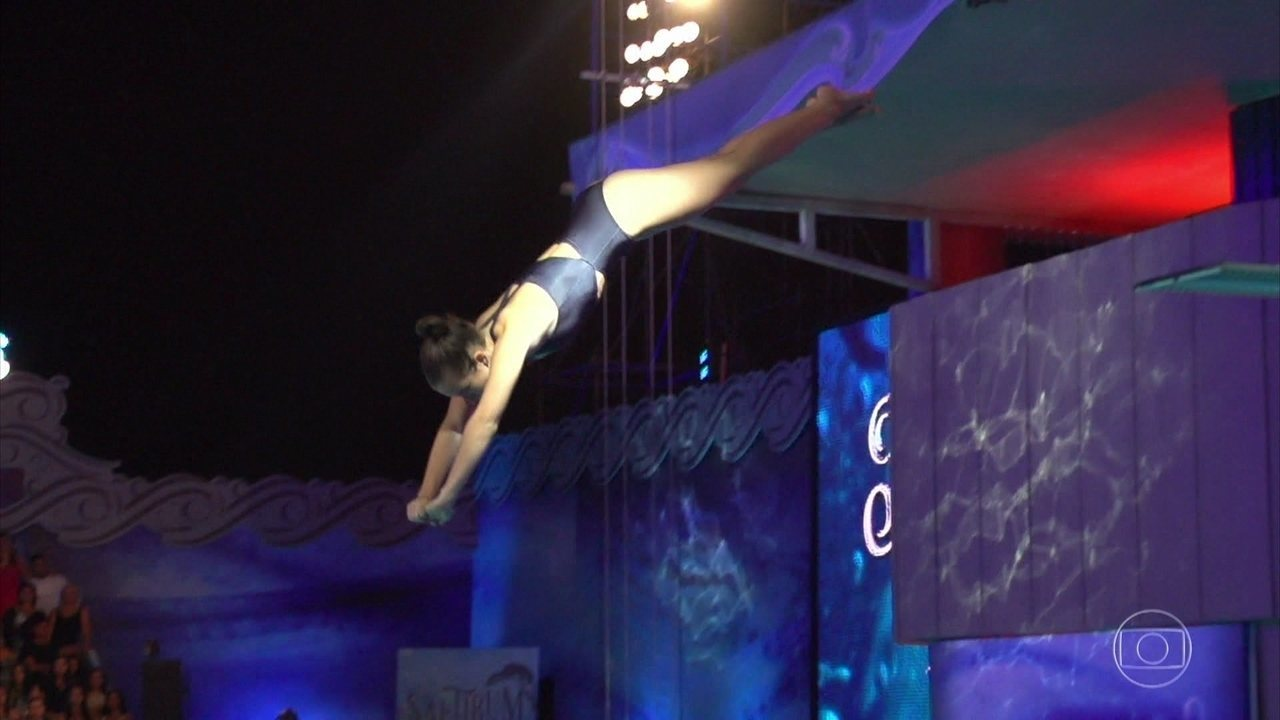 Confira o salto de Marcela Fetter