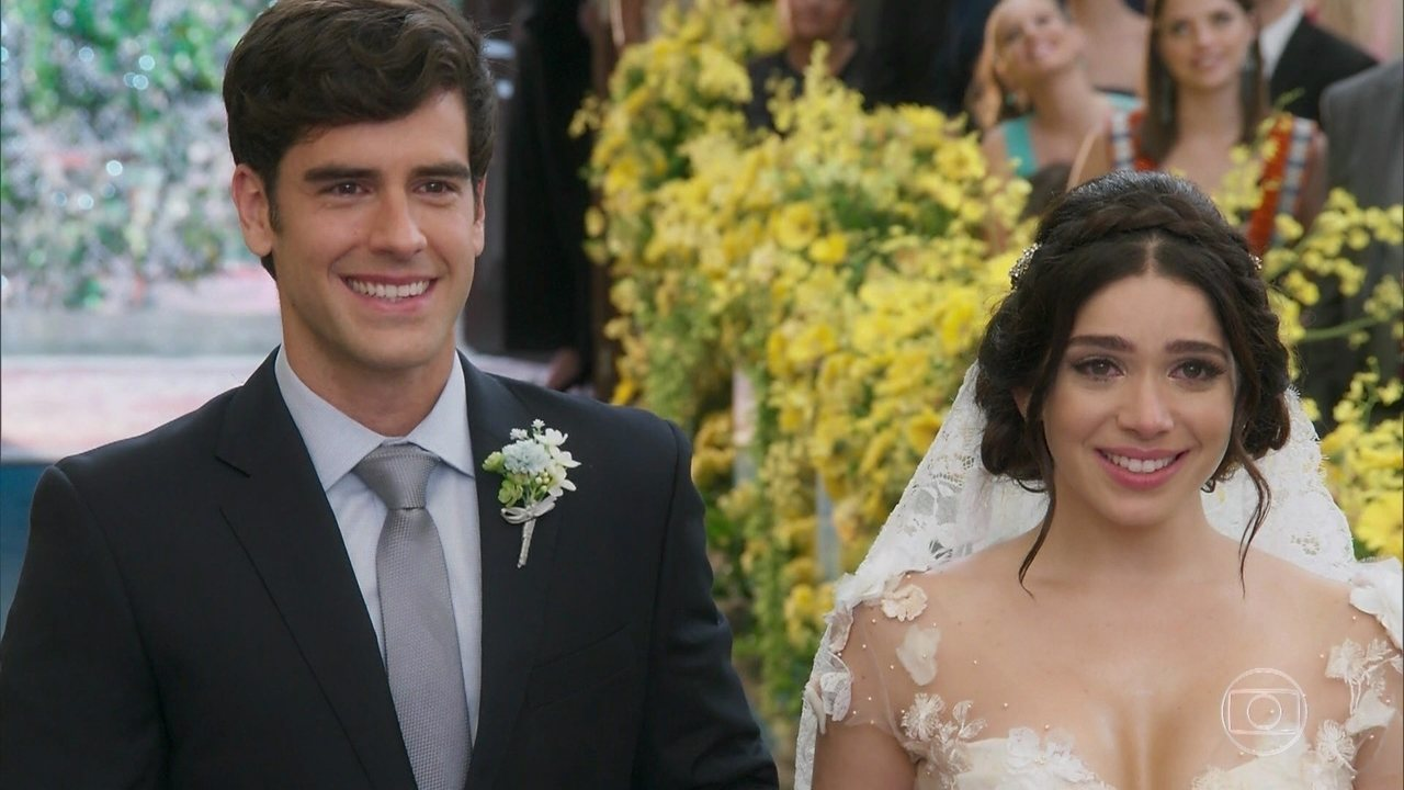 Felipe e Shirlei se casam