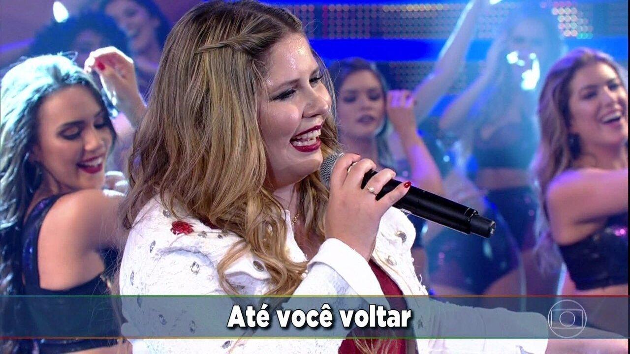 Marília Mendonça canta 'Até Você Voltar'