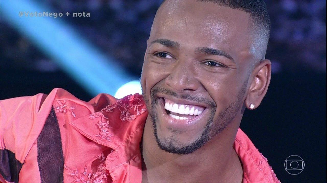 Nego do Borel dá show de irreverência no 'Dança dos Famosos'