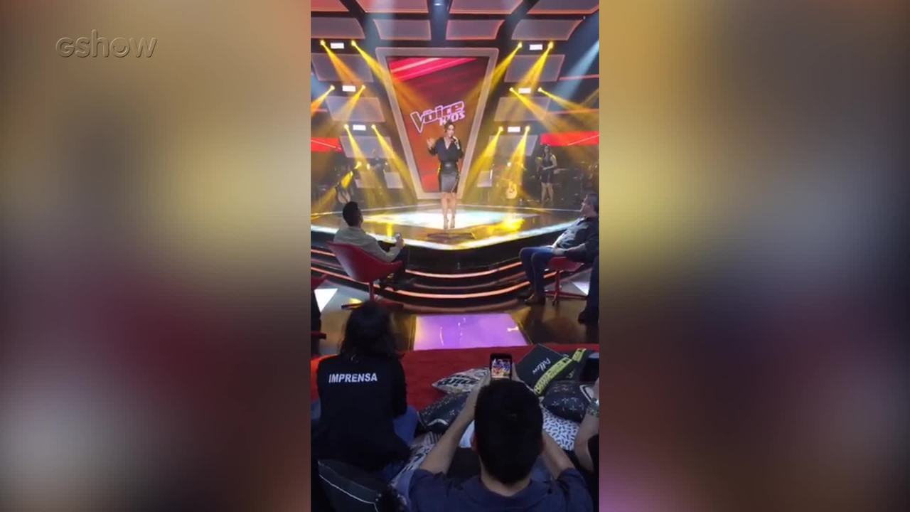 Veja como foi o musical de Ivete Sangalo na coletiva do The Voice Kids