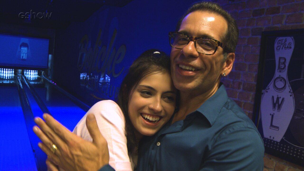Leandro e Pietra Hassum falam da estreia da atriz em 'A Cara do Pai'