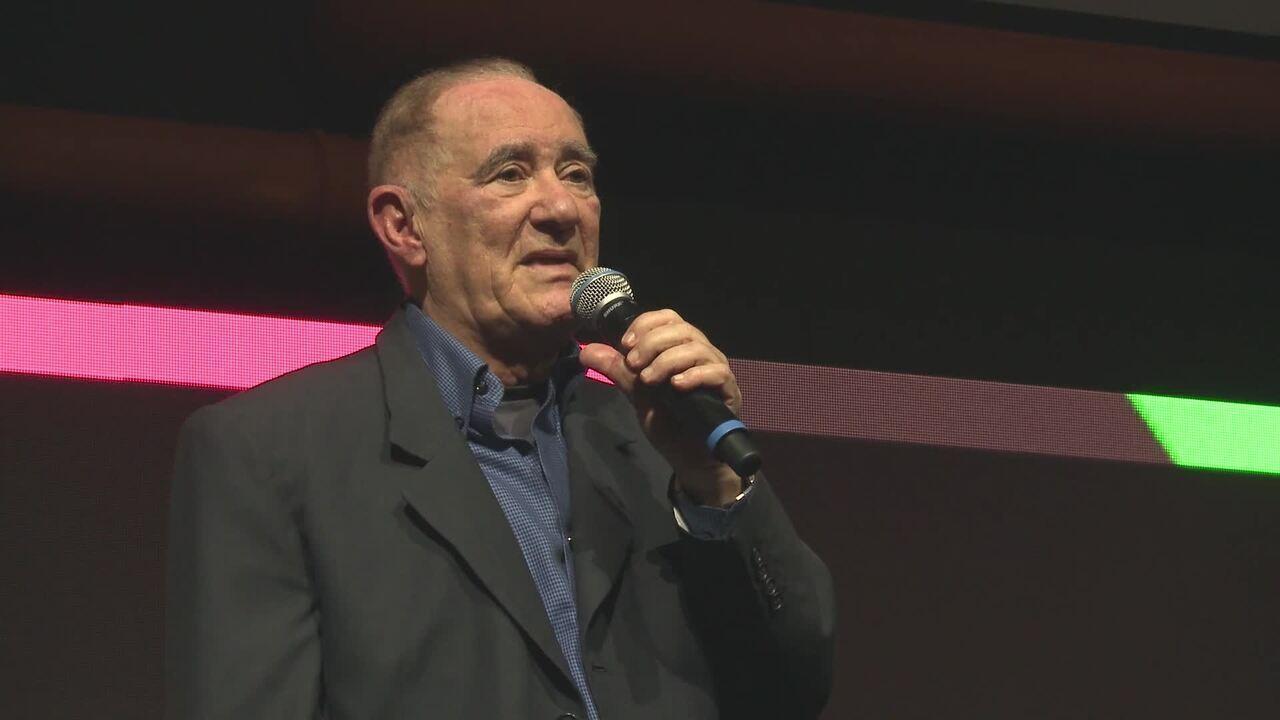 Renato Aragão anuncia a volta do programa 'Os Trapalhões'