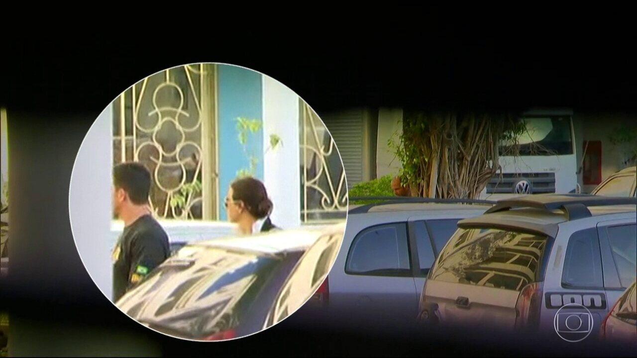 Adriana Ancelmo é presa, acusada de lavagem de dinheiro e organização criminosa