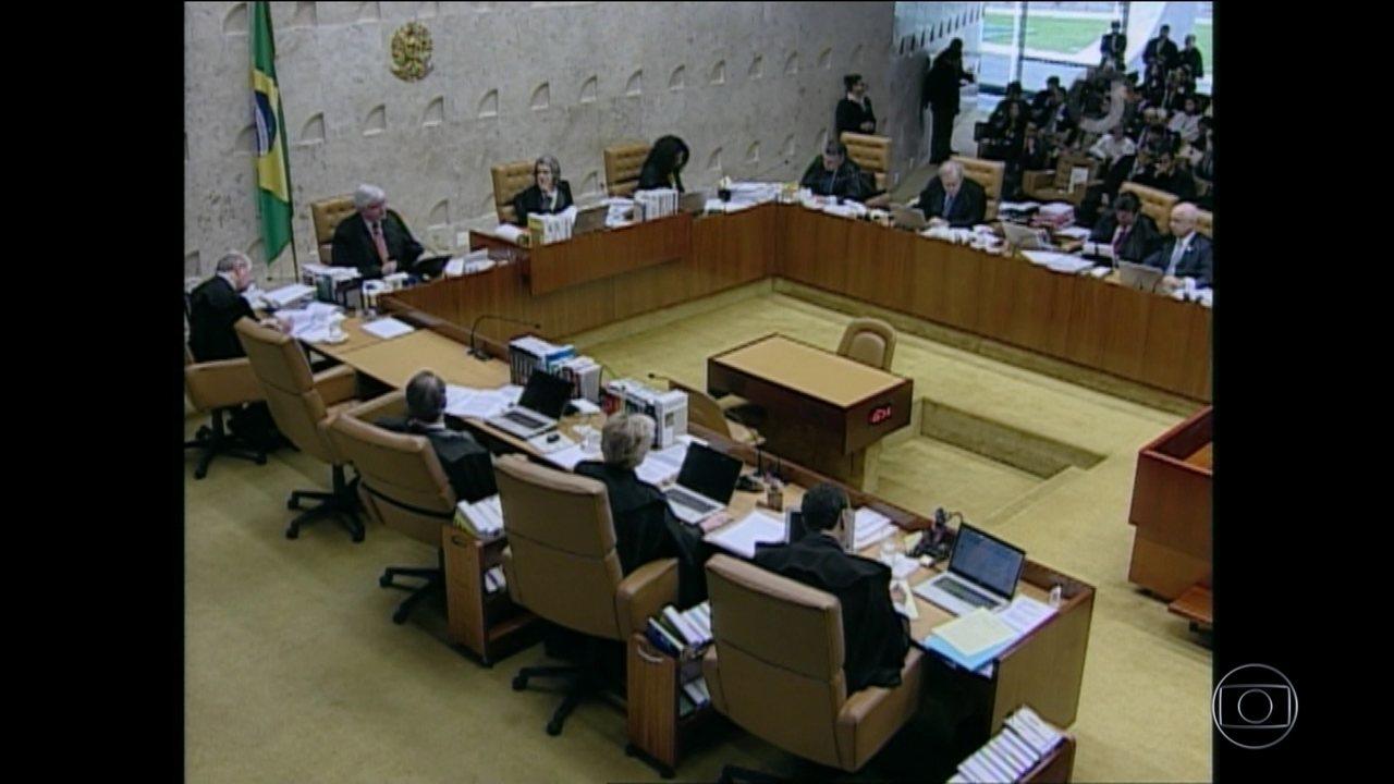 Por seis votos a três, Supremo decide que Renan fica na presidência do Senado