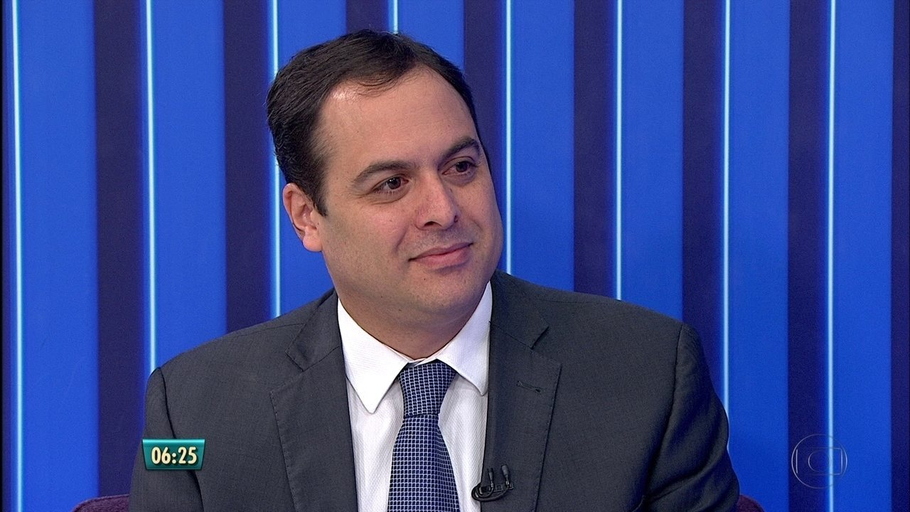 Governador Paulo Câmara reconhece problemas na segurança, mas defende Pacto pela Vida