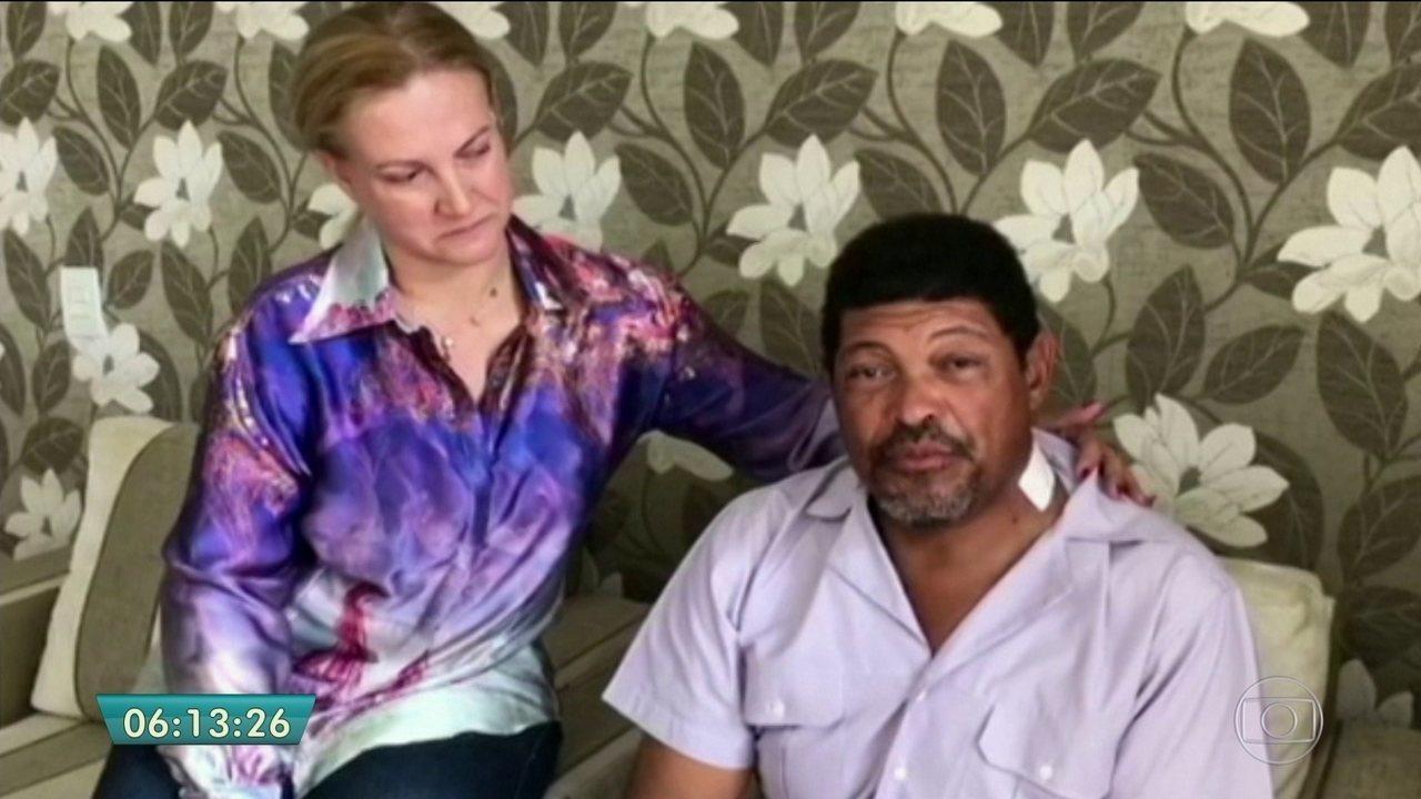 Vídeo mostra líder da Igreja Mundial do Poder de Deus sendo socorrido após levar facada