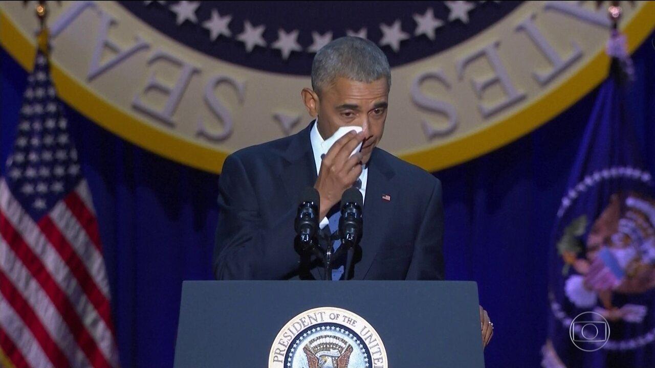 Obama emociona em discurso de despedida e se declara à Michelle