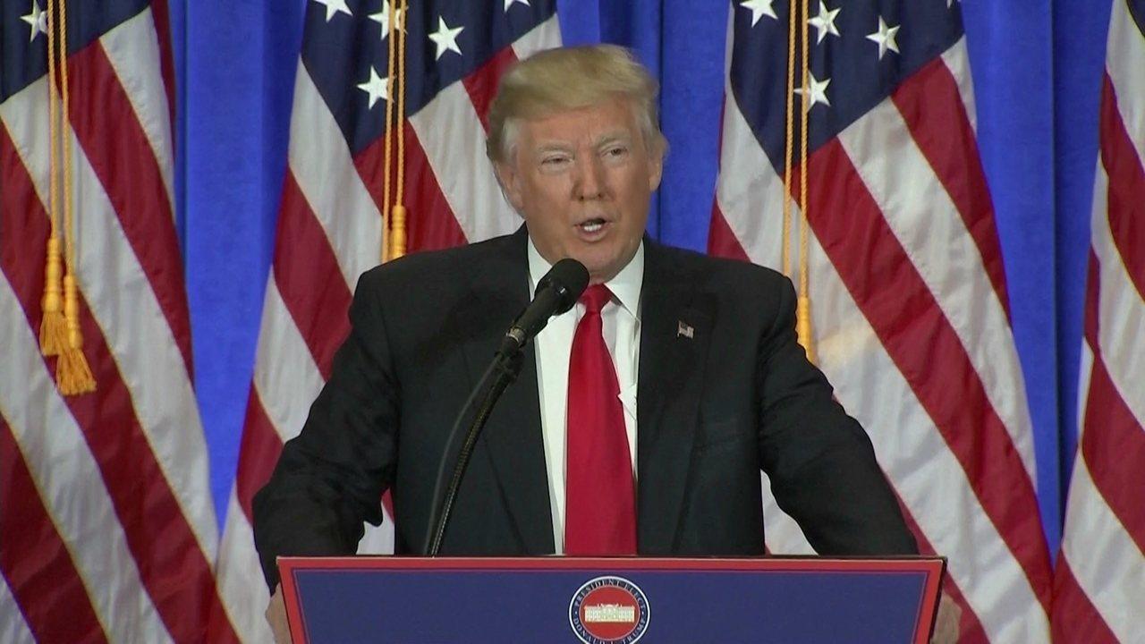Presidente eleito dos EUA, Donald Trump, dá a primeira entrevista coletiva