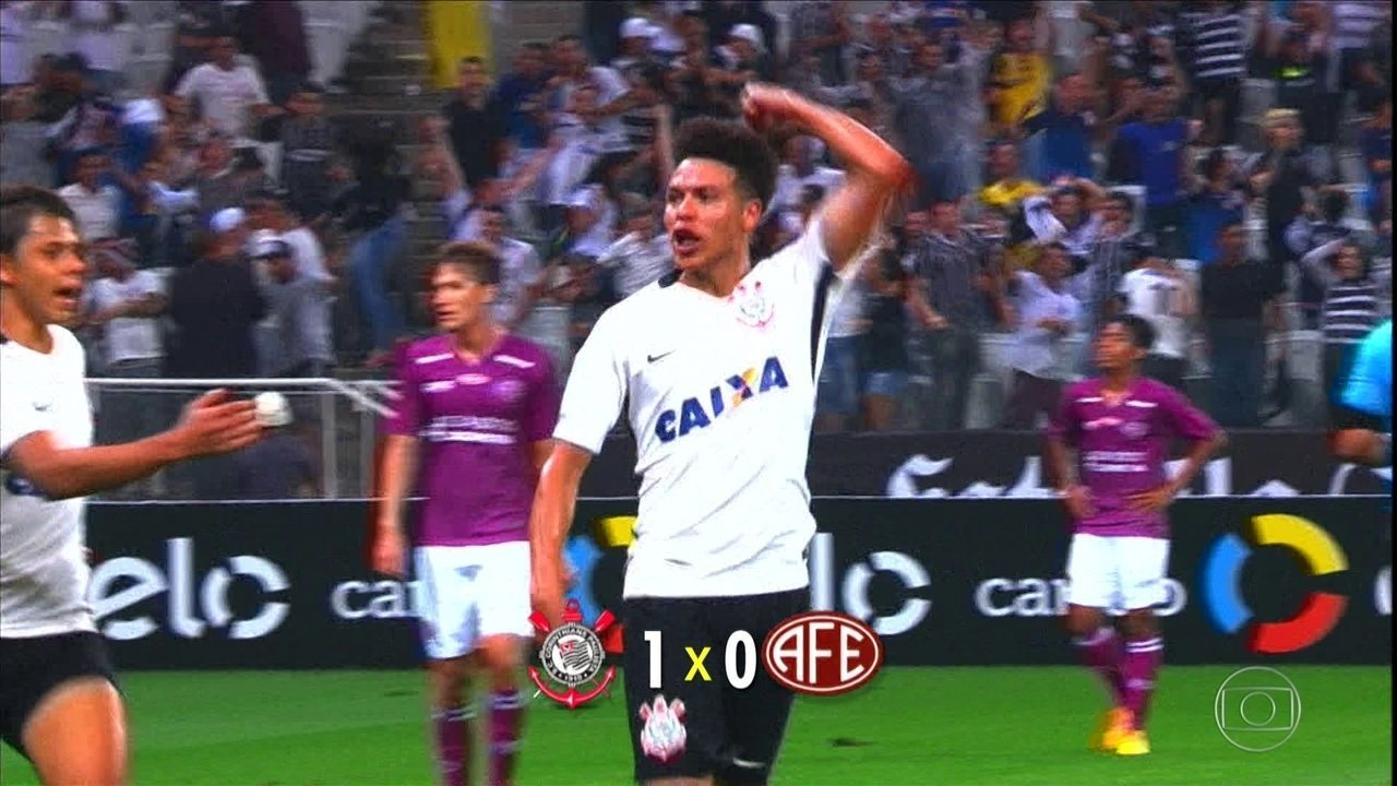Com gol no fim, Corinthians vence a Ferroviária em amistoso em Itaquera