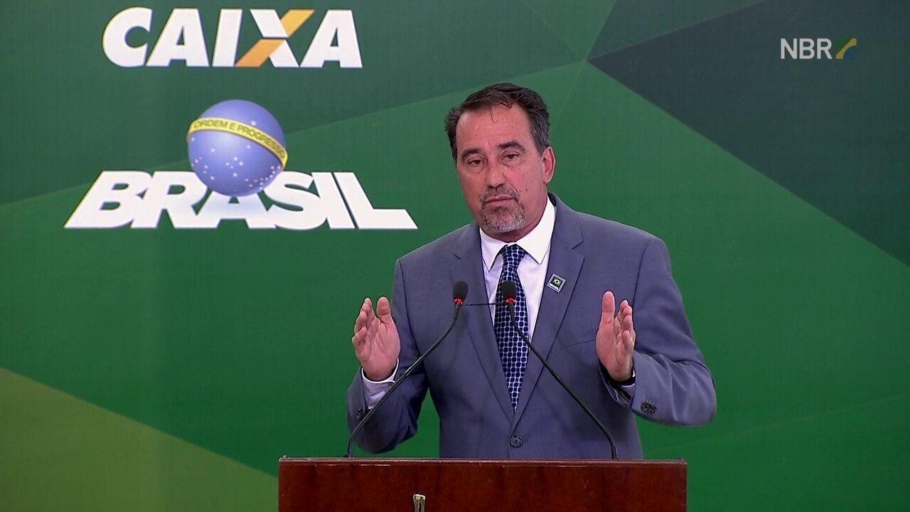 Presidente da Caixa diz que agências abrirão com duas horas de antecedência