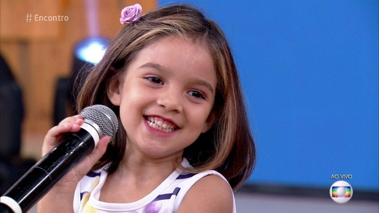 Raquel ficou famosa por entrevista sobre volta às aulas