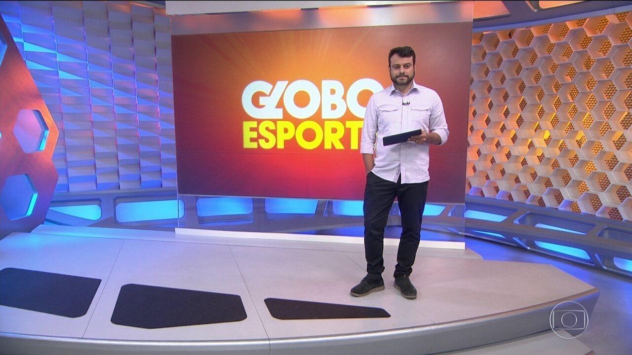 Esquiva Falcão vence por pontos e segue invicto no boxe profissional