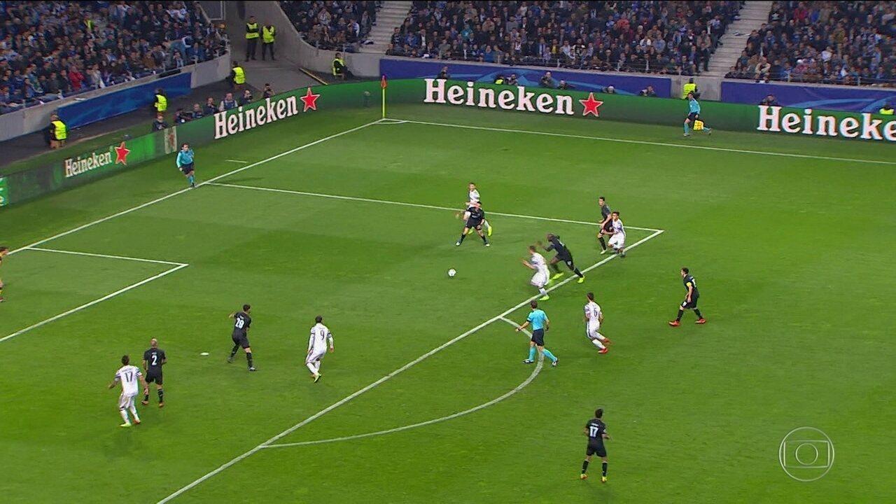 Assista aos gols de Sevilla 2 x 1 Leicester, no jogo de ida das oitavas de final da Liga dos Campeões 2016/17
