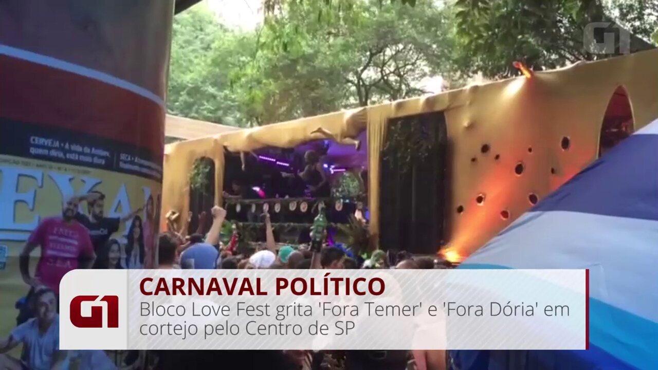 Bloco Love Fest grita 'Fora Temer' e 'Fora Doria' em cortejo pelo Centro de SP