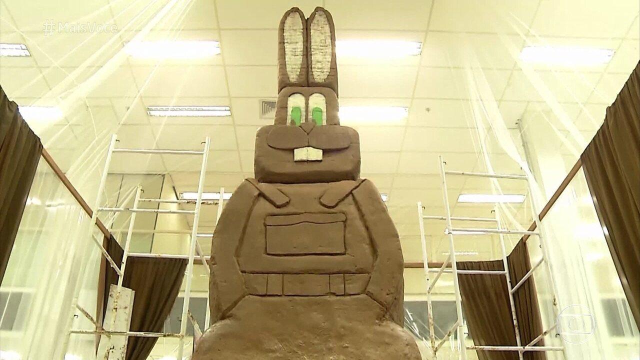 Coelho de chocolate de Uberaba entra para o livro dos recordes como o maior do mundo