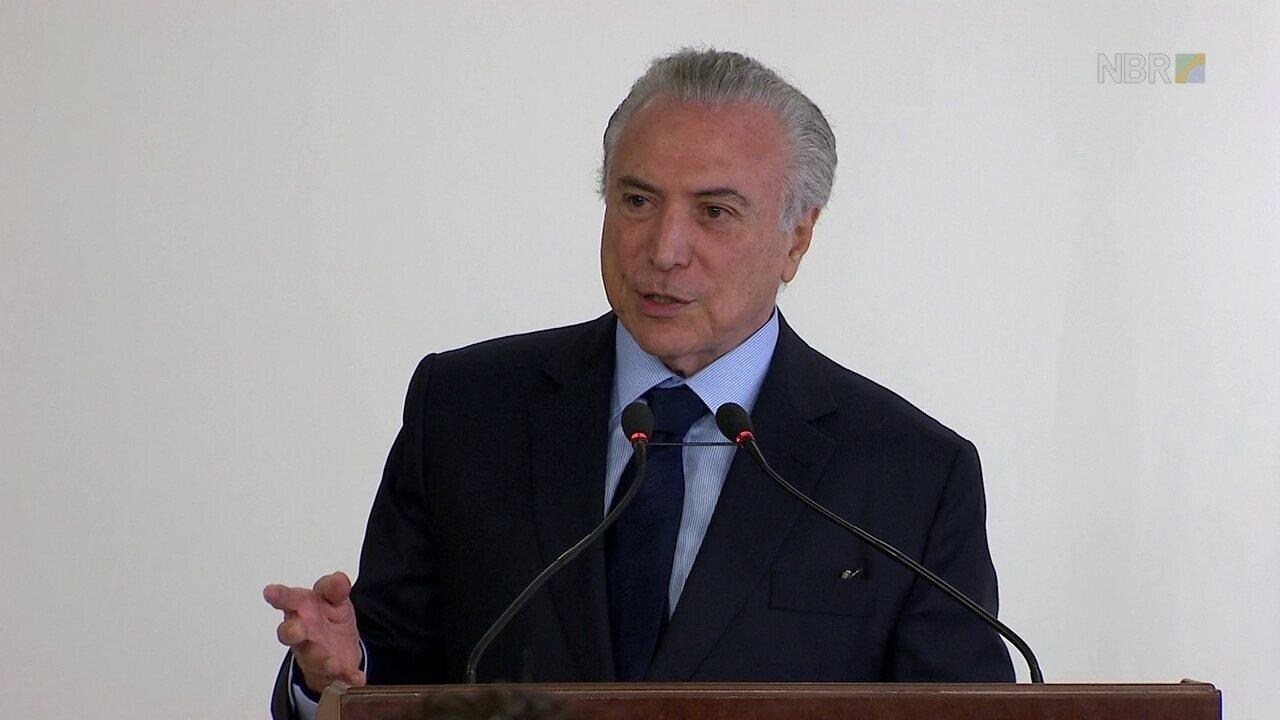 Temer diz que Blumenau e a Oktoberfest são 'um exemplo para o Brasil'