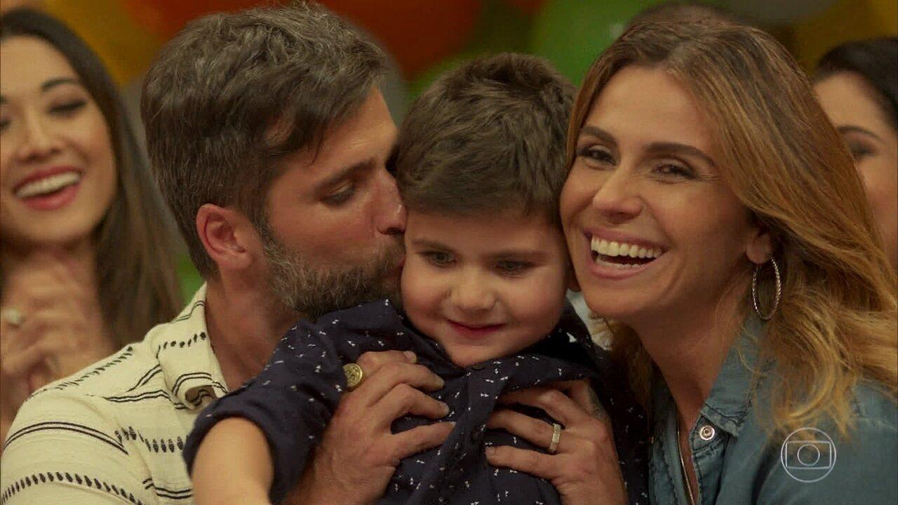 Sol Nascente - Capítulo de sábado, dia 18/03/2017, na íntegra - De Walther Negrão, Júlio Fischer e Suzana Pires, confira uma história de amor embalada pelos laços de amizade.