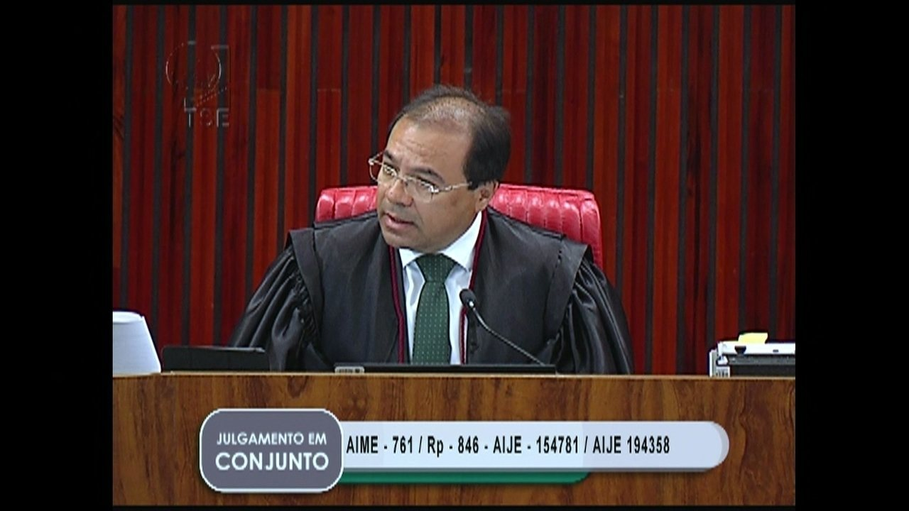 Vice-procurador eleitoral defende que João Santana e Monica Moura sejam ouvidos