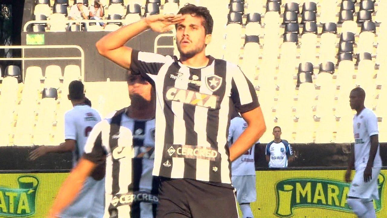 Gol do Botafogo! Gilson cobra falta na área e Igor Rabello marca, ao 1 do 1º tempo